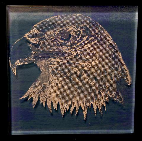 Glass Trivette - Eagle Colored White